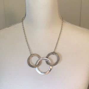Silver Interlocking Circle Necklace